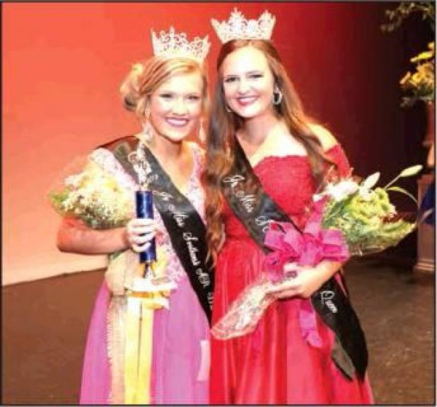 Reynolds Crowned Jr. District Fair Queen