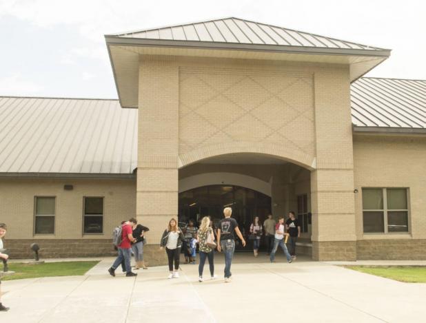Hampton Schools Returning to Five Days
